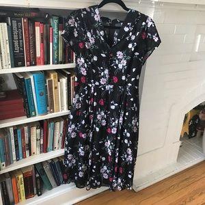 Classy Hell Bunny Vixen dress, size L Large